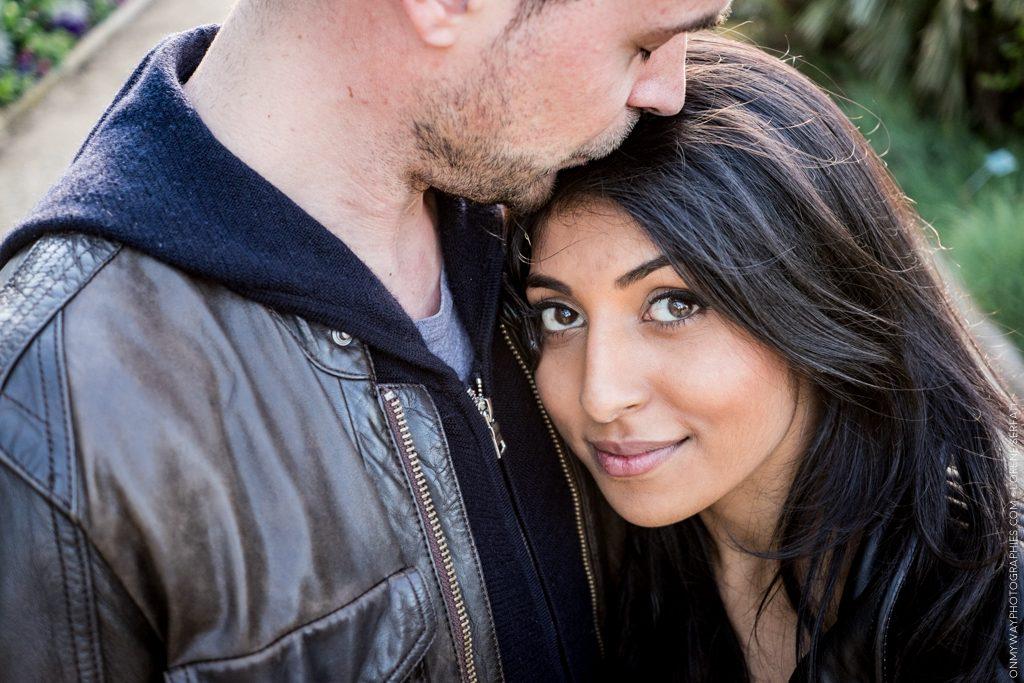 seance-couple-paris-priyanka-et-kevin-lorene-serfati-photographe-49